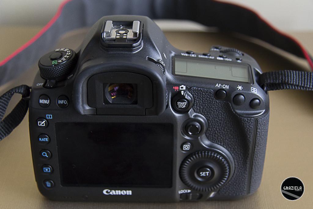 Canon_5DS-4.jpg