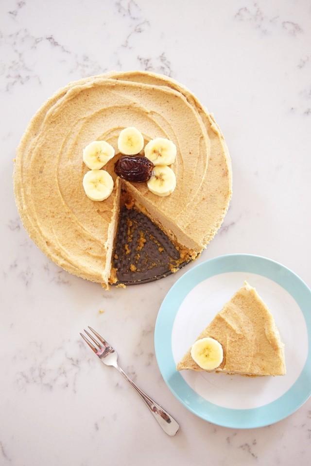 Vegan-Banana-Caramel-Cheesecake-9.jpg