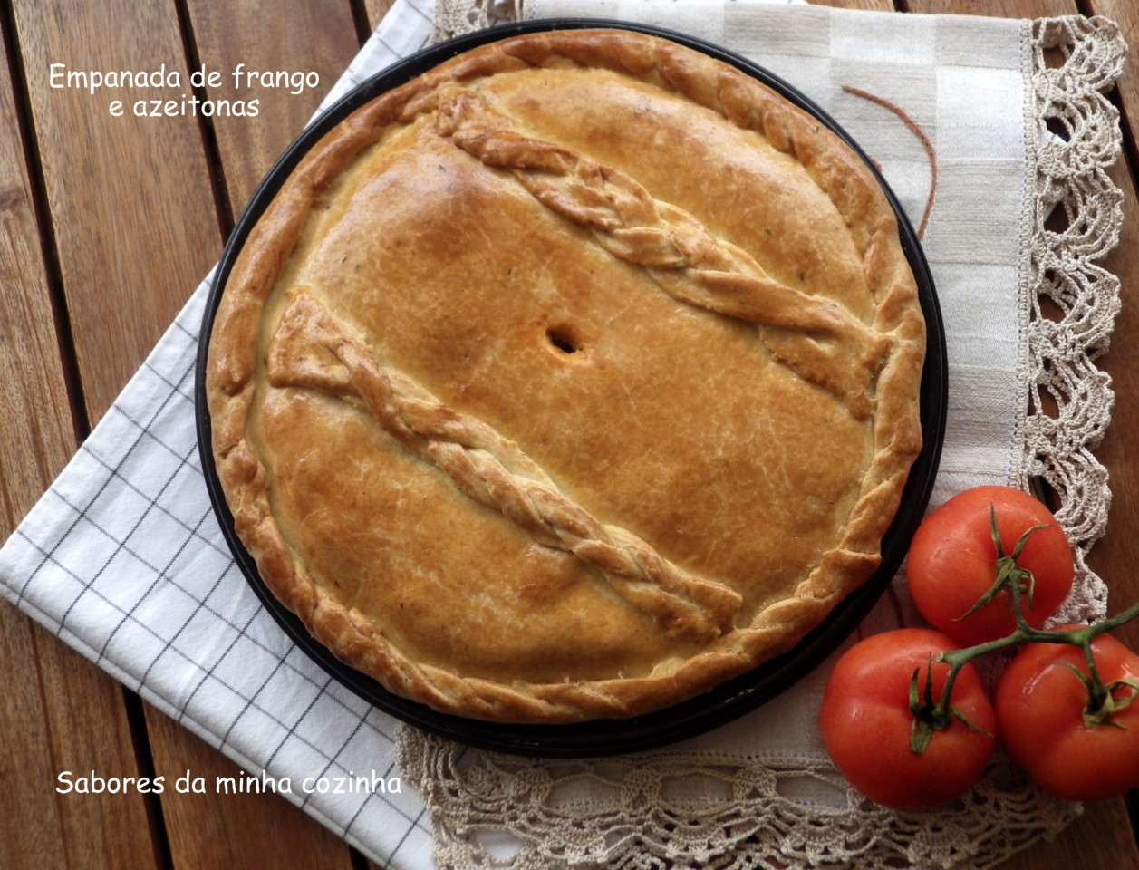 IMGP8411-Empanada de frango e azeitonas-Blog.JPG