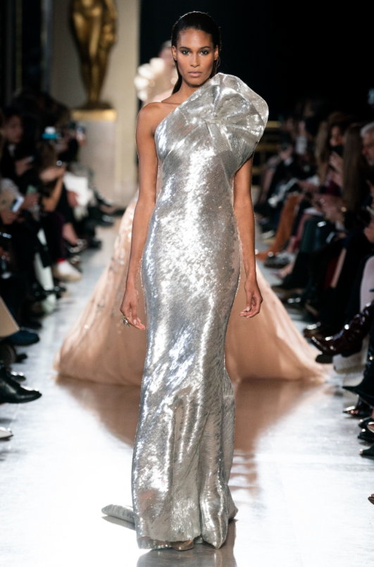 Os vestidos dos Óscares 2019 (previsões) mini saia