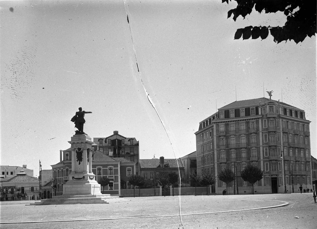 Praça Duque de Saldanha, post. 1909, foto de Josh