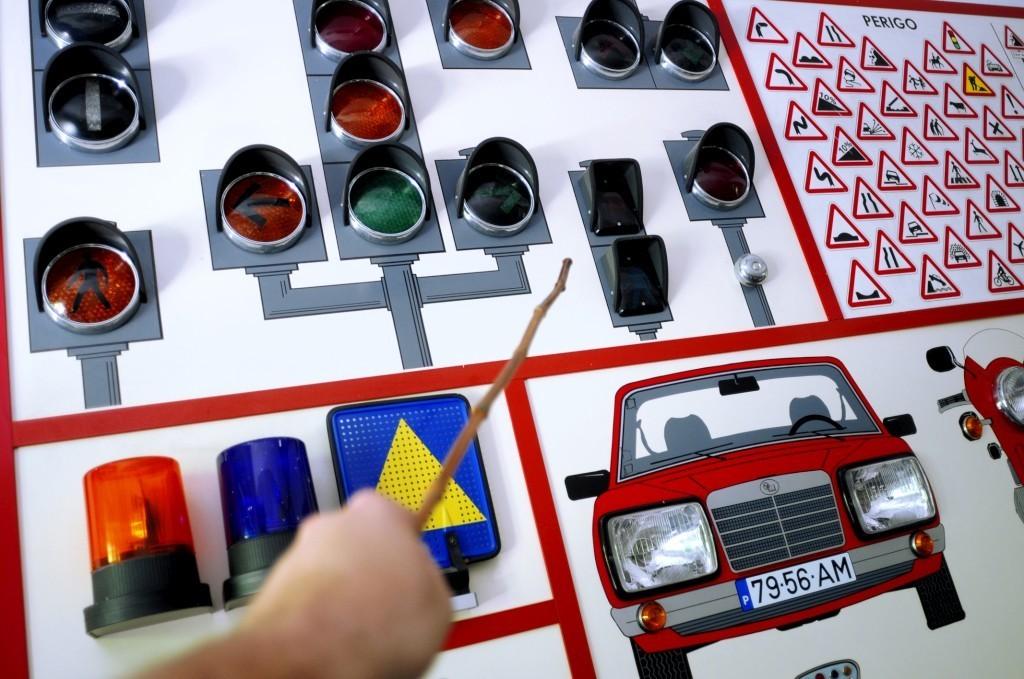 carta-de-conduçao-onde-tirar-e-preços.jpg