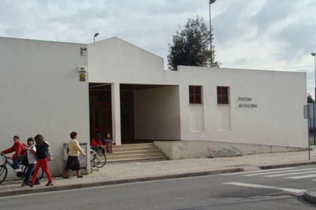 Camara de benavente decide encerrar bar das piscinas de for Piscinas benavente