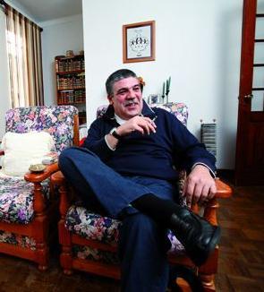 """Aranda e Silva, em pose para a entrevista do """"D.I.""""..."""