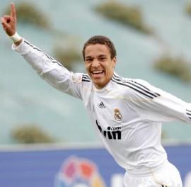 Benfica contrata jovem promessa