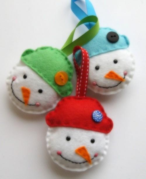 decorar arvore natal simples:Felt Snowman Ornament Tutorial